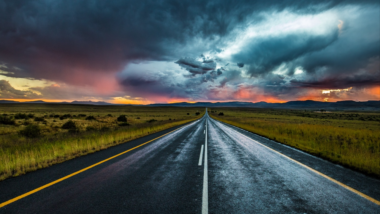 road_marking_evening_clouds_horizon_120298_1280x720.jpg